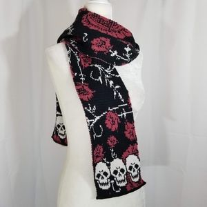 Skull and Roses Knit Scarf Recycled USA Red Black